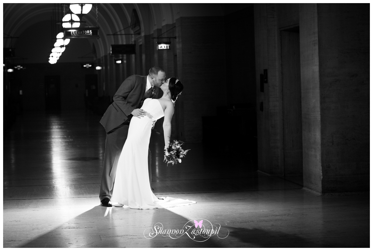 Milwaukee Wedding Photographer – Kellie & Chris's Milwaukee Court house Wedding
