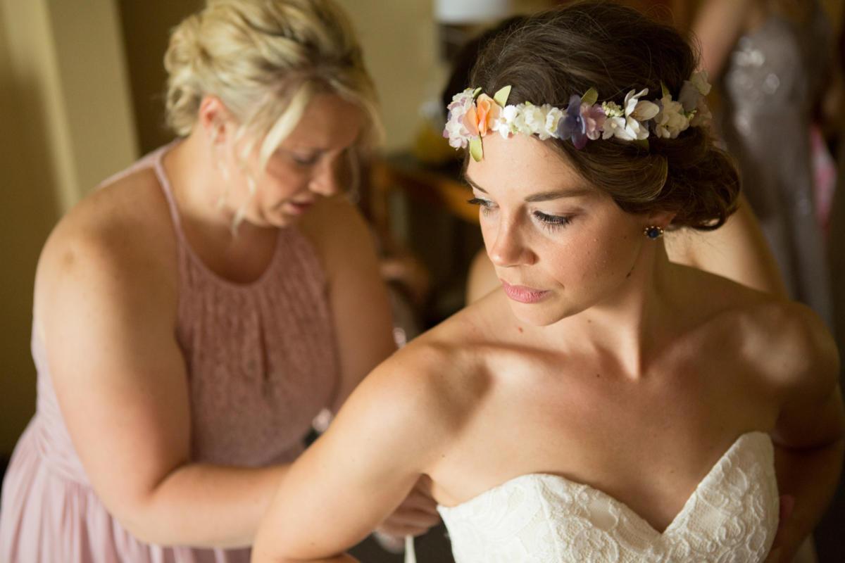 Bohemian-mountain-themed-wedding-35
