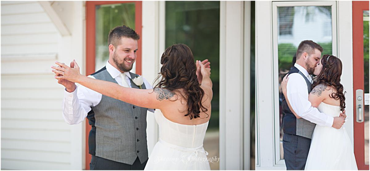 Byron-Colby-Barn-Wedding-Photos-11