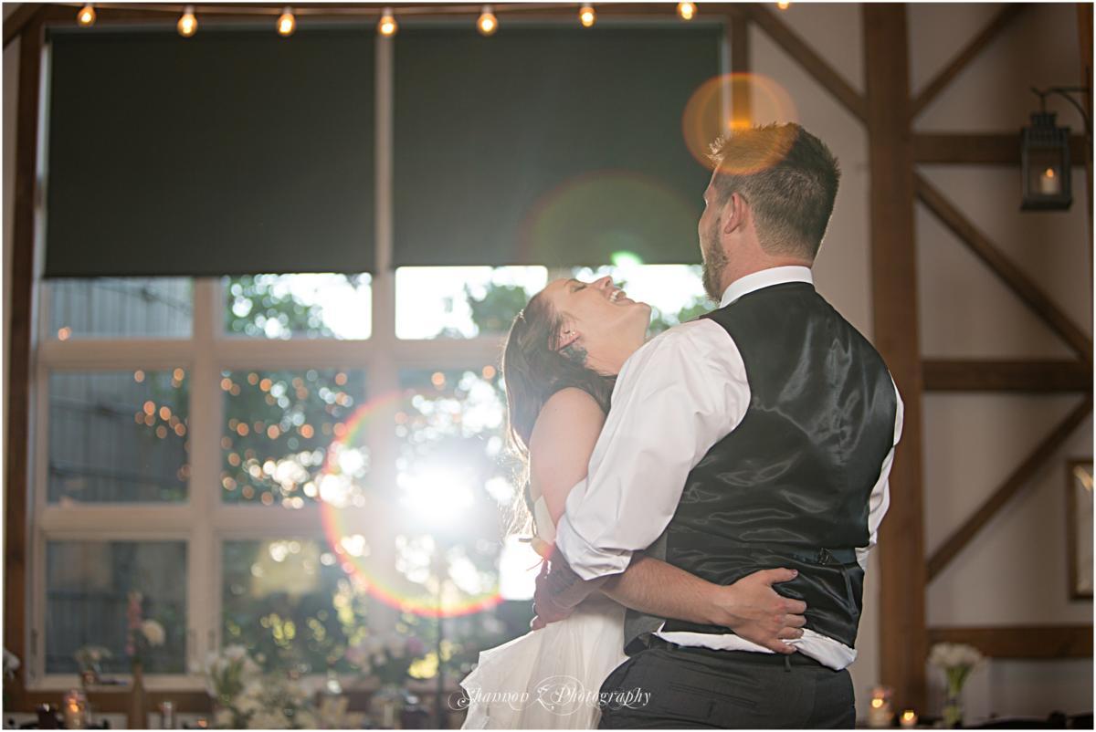 Byron-Colby-Barn-Wedding-Photos-20