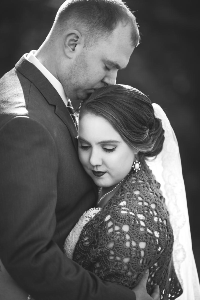 Pulaski-Inn-Wedding-Photos-Milwaukee-11